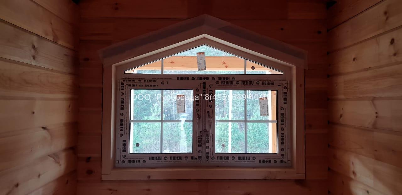 Скошенное окно в доме из бруса Павлов-Посадский район Русобсада