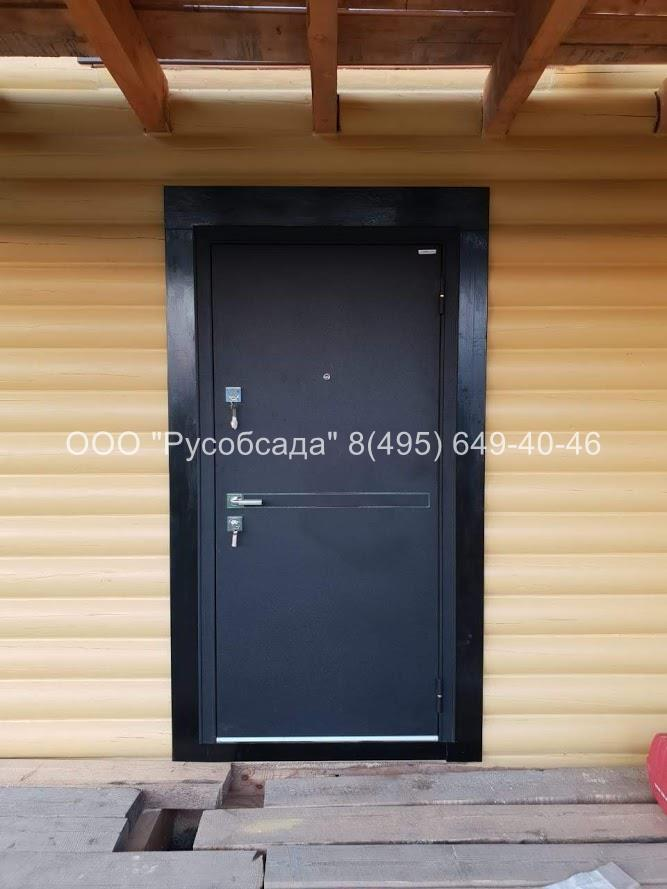 Обсада металлической двери
