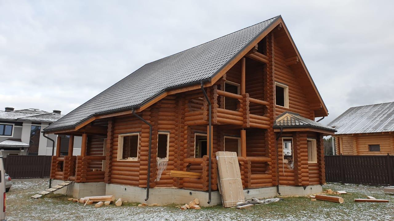 Обсада и окна в деревянный дом